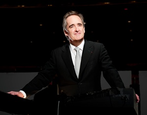 James_Conlon__credit_Dan_Steinberg-LA_Opera_resized_1.jpg