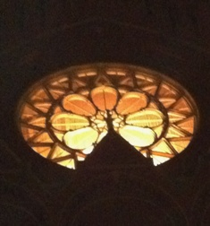 rose_window_at_Music_Hall_ghost_tour_52512_resized.jpg