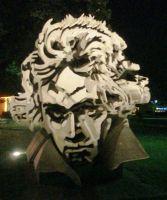 sculpture_Beethovenhalle_Bonn_91009.jpg